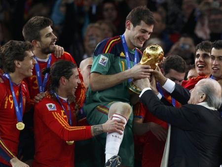 """Seleções europeias """"jogam sério"""" a partir de setembro, <br>enquanto Brasil avalia novo treinador com amistosos"""
