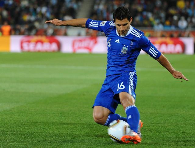 Sergio Aguero, craque argentino, começa como titular na partida contra a Grécia, pela última rodada do Grupo B