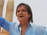 Veja momentos de Roberto Carlos no desfile da Beija-Flor