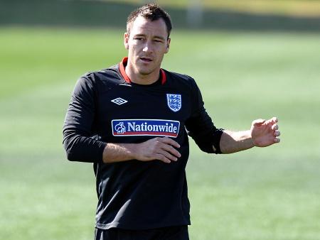 Inglaterra encara Eslovênia precisando da vitória