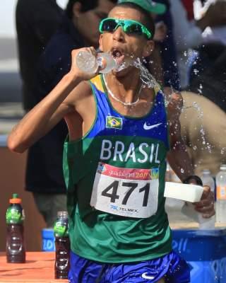 solonei, maratona, 700