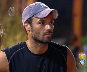 François é o segundo participante eliminado do reality show A Fazenda