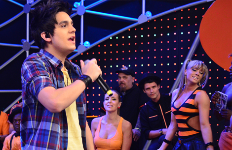 TV_Luan Cantando