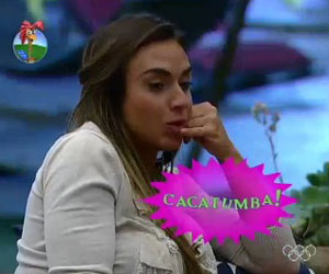 Atrapalhada: Nicole no consegue falar &quot;catacumba&quot;