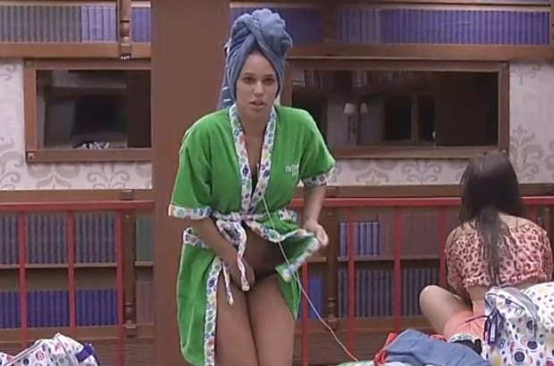 Faz Malabarismo Para Colocar Calcinha Foto Por Reprodu O Rede Globo