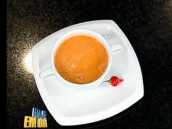 Comece a esquentar sua semana com uma deliciosa receita de sopa de tomate