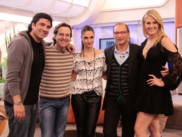 Edu Guedes,Celso Zucatelli, Chris Flores, Britto Jr. e Ana Hickmann agitaram o Hoje em Dia e