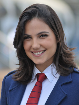 Pilar afirma ainda estar apaixonada por Binho; rebeldes consolam a garota