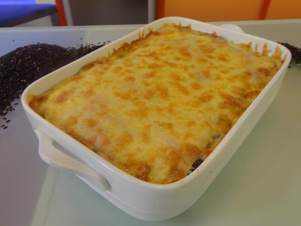 A nona mais pedida foi a receita que o galã Victor Pecoraro ajudou Edu a preparar: um delicioso risoto napolitano. Anote a receita e faça em casa!